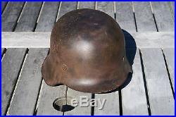 Authentique casque allemand WW2 entièrement d'origine non démonté German helmet