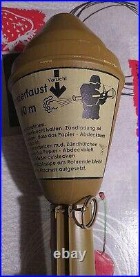 COMPLET + jouet PANZERFAUST 60 GERMAN ww2