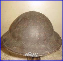 Casque Anglais, complet, époque 2 ème guerre, daté 1943. Bien jus