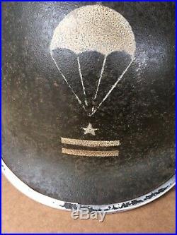 Casque Lourd Et Sous-Casque Dun Lieutenant Du 1er RCP Avec Insignes De Parachut