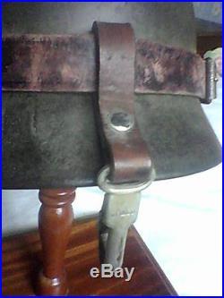 Casque allemand ww2 avec porte ceinture lunettes et plaque service patrouille