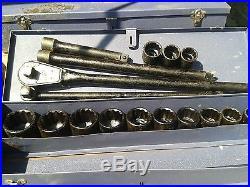 Coffret outils Made in USA clés + 13 douilles en pouces WW2 Jeep Dodge Gmc 1944