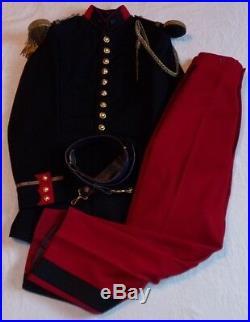 Grande tenue modèle 31 tunique + pantalon + ceinturon officier 21ème RI français