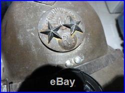 Malle très complète d'un general WW2 kepi, casque, tenues, malle, ceinturon