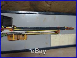 Maquette en bois de 24/29 d'instrction