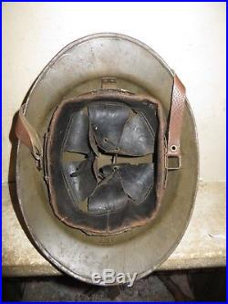 Rare casque ADRIAN des Troupes Coloniales, modèle 1926, peinture moutarde