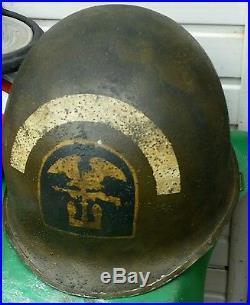 Rare casque us ww2 avec insigne
