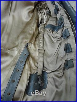 Rare manteau cuir allemand WH avec boutons dorés du modèle d'officier général
