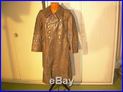 Rare manteau officier allemand réglementaire en cuir gris 2ém guerre. Ww2