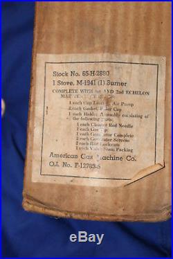 Réchaud us daté 1945 avec son carton en état ww2