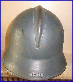 Très rare casque ADRIAN de l' Aviation, modèle 1945, très bon état. A voir