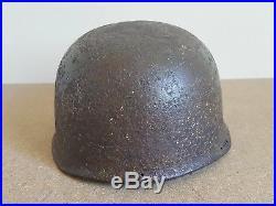 Une coque de casque parachutiste allemand ww2 militaria