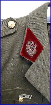 Veste d'un Médecin Commandant nommé Moriès datée 1939